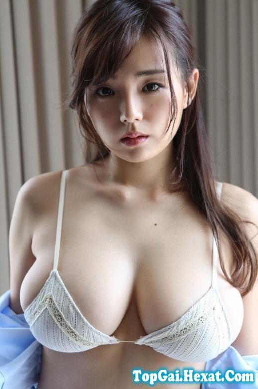 Ai Shinozaki người đẹp ngực khủng nhất Nhật Bản