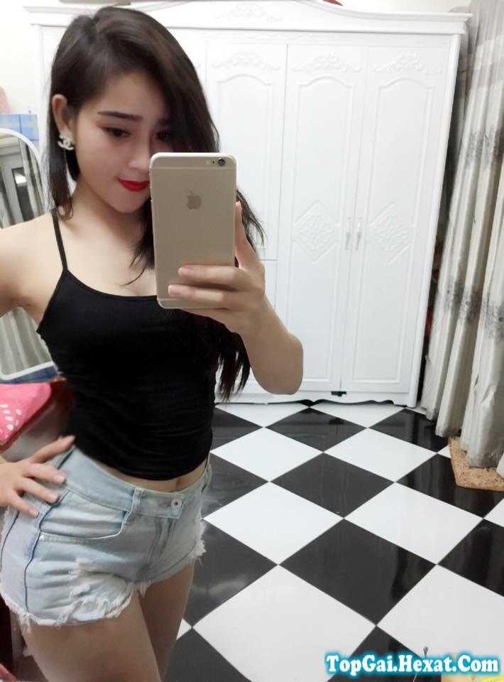 Ảnh gái xinh facebook cực đẹp và vếu tròn