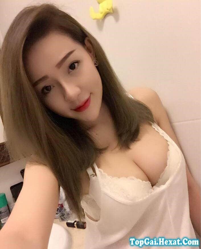 Facebook gái xinh Bình Định: Ngân Ngân Võ Võ thích khoe ngực|raw