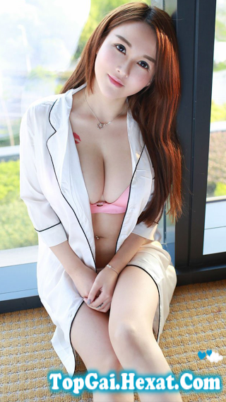 Gái sexy bikini ngực đẹp cực xinh