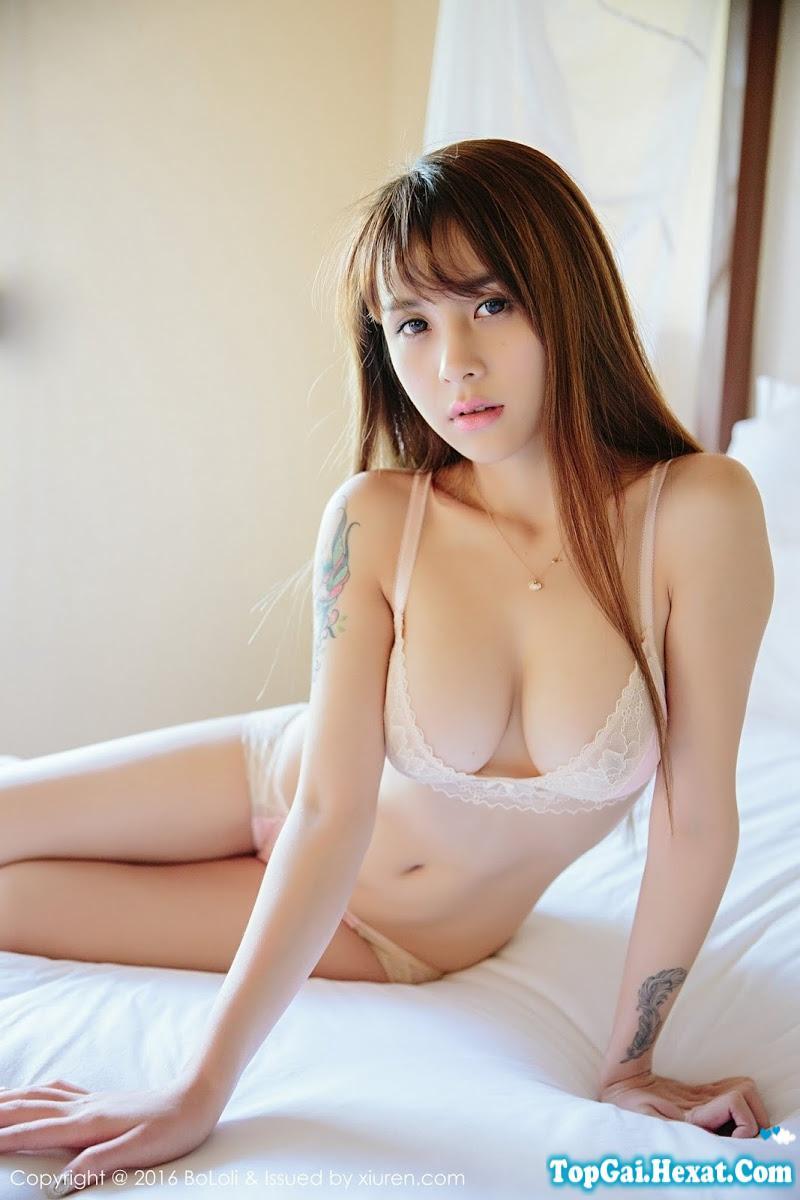 Gái xinh ngực to không mặc áo lót cực đẹp|raw